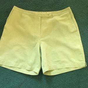 Liz Golf shorts, Women's size 14.